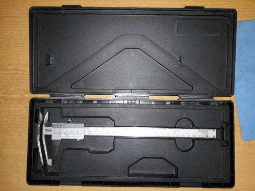 pie de metro analogo mutitoyo 0- 200mm
