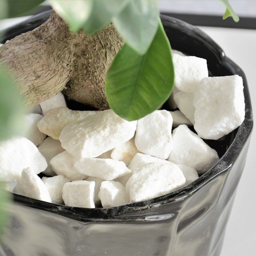 piedra blanca blanca de mármol grano grueso bolsa de 25 kg.
