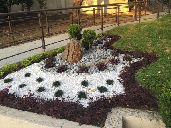 Piedra Blanca Partida Jardin Decoracion Marmol Calidad X 25