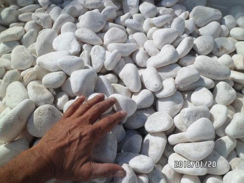 piedra de mármol blanca rodado grande por bolsa 20 kg