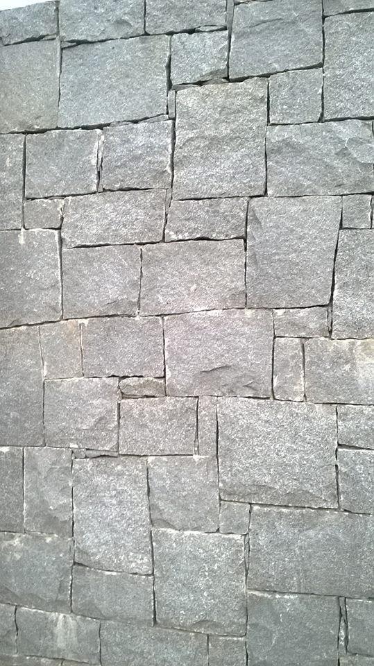 Piedra granito r stico escuadrado gris industria uruguaya for Donde venden granito