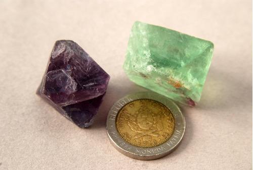 piedra mineral fluorita octaédricas grandes reiki