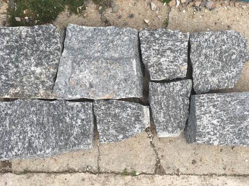 piedra natural granito rústico gris oscuro revestimiento