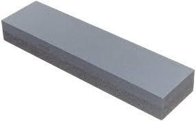 piedra para afilar cuchillos y piezas cortantes
