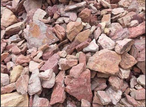 piedra partida gris, gravilla, cimiento, polvo de cantera