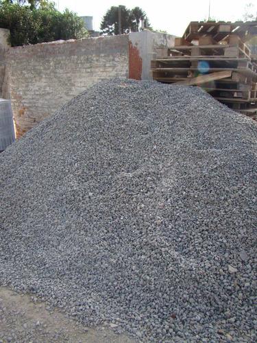 piedra partida  màrmol blanca bolsa 25lts aprox 30kg