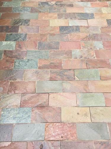 piedra piso revestimiento