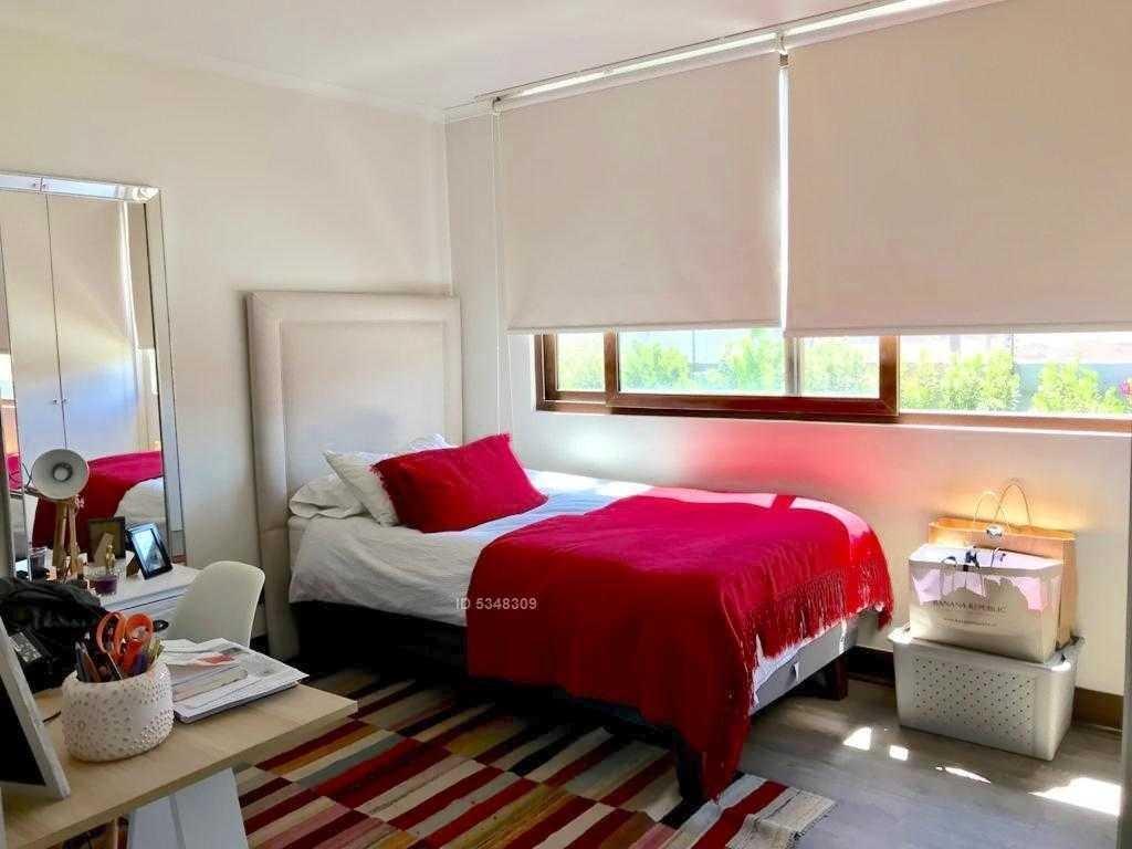 piedra roja en condominio consolidado