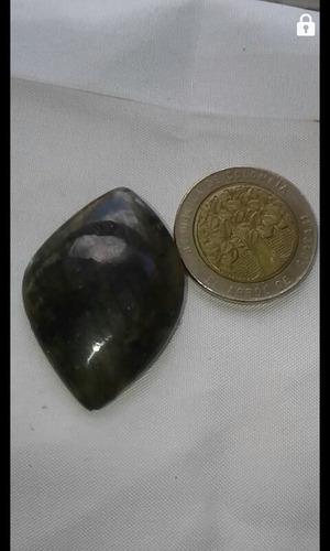 piedra semipreciosa labradorita con fuego de colores