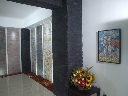 piedra tipo pizarra natural formateada (color mostaza)