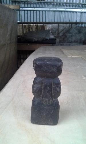 piedras indígenas talladas ornamentales