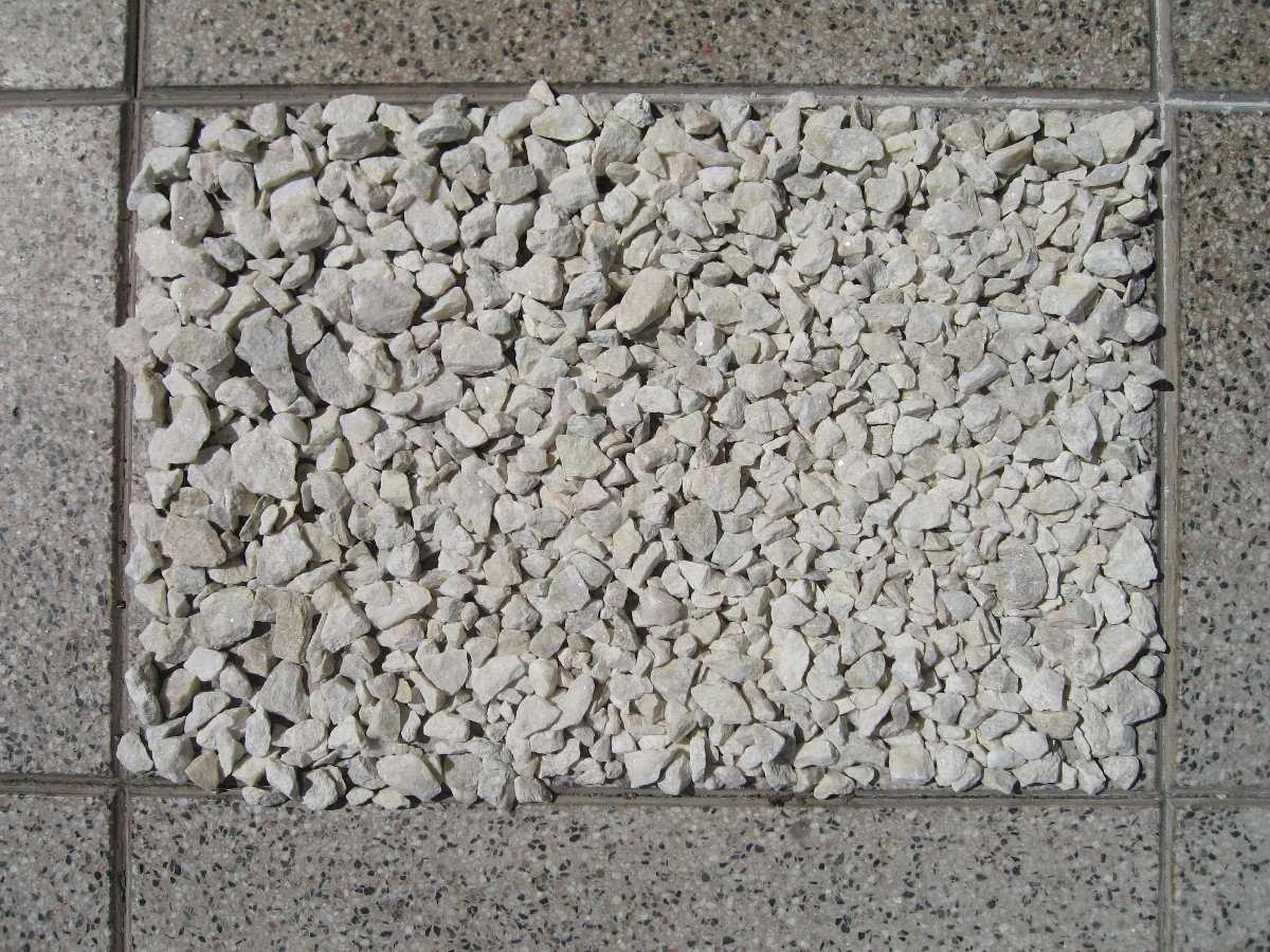 Piedras jardin precio ideas de disenos for Jardines de piedras blancas