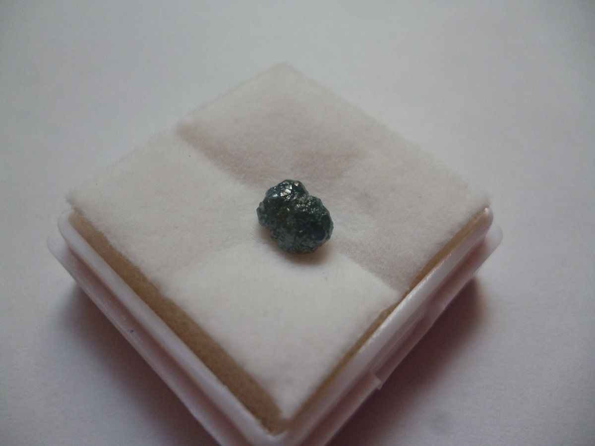 Piedras Preciosas Diamante Azul 1 19 Ct En Bruto