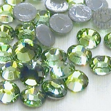 piedras strass con gomma ss16/4mm peridot 144 piedras