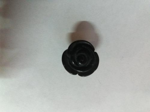 piercing expansores rosa negra de acrilico de 8 mm y 10 mm.