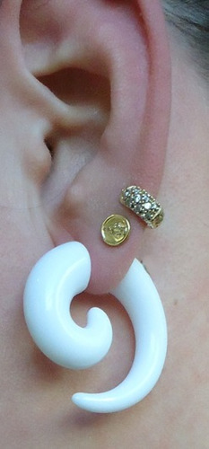 piercing falso alargador espiral branco imita10mm frete grá