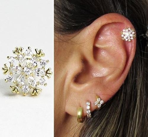 Piercing orelha cartilagem tragus floco banho ouro - Porta piercing ...