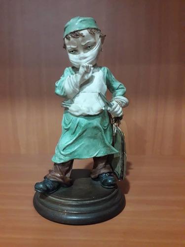 pieza de bulto de porcelana capodimonte