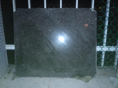 piezas de granito pulido