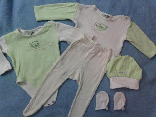 pijama de 3 piezas con gorro y manoplas piltín