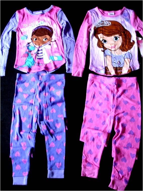 56bee7c0a25 Pijama Importada Niña 2x1 Dra. Juguete Y Sofia Tall3 Disney - Bs. 0 ...
