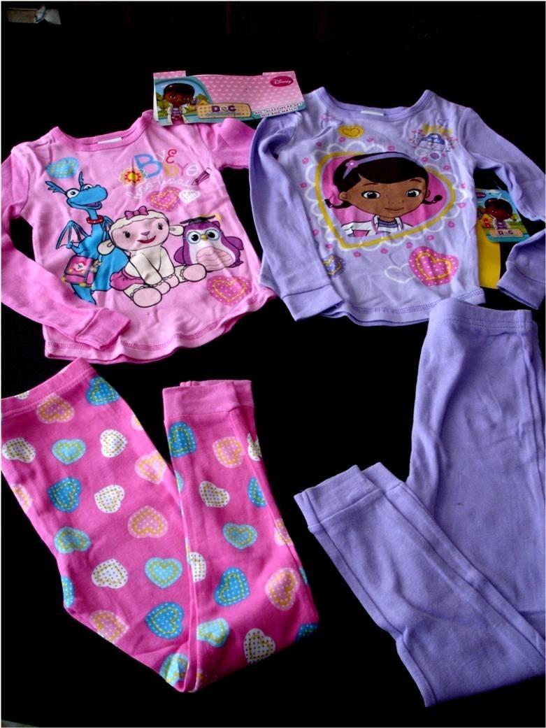 7219efaea6e pijama importada niña 2x1 dra. juguete y sofia tall3 disney. Cargando zoom.