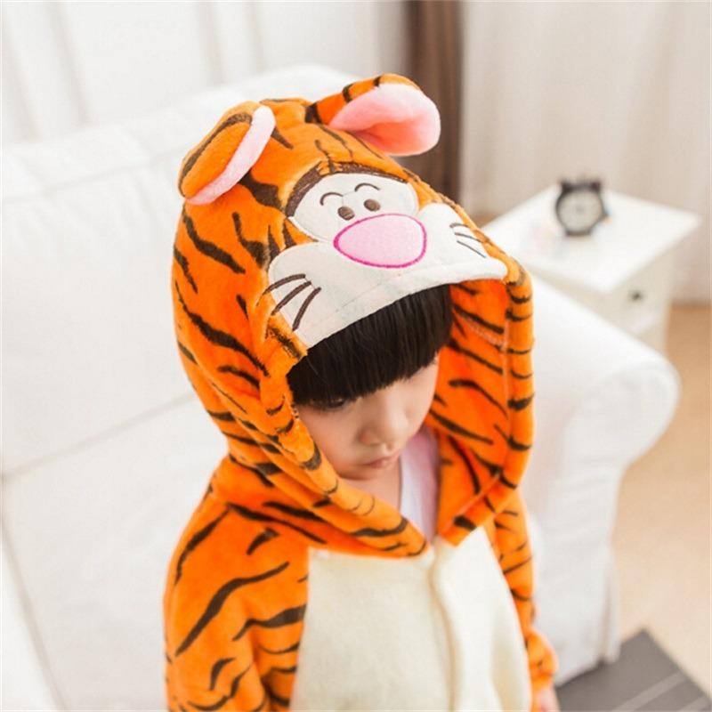 Pijama Kigurumi Pokémon ! Pikachu ! Tigre ! + Pantufa - R  119 51dbcb84a76b3