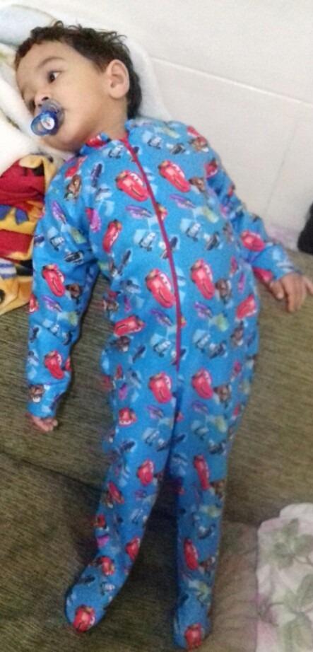 f293eede53c379 Pijama Macacão Infantil Com Pé Para Inverno