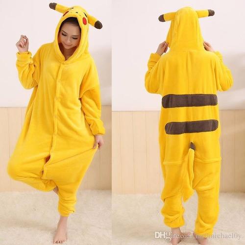pijama macacão pikachu