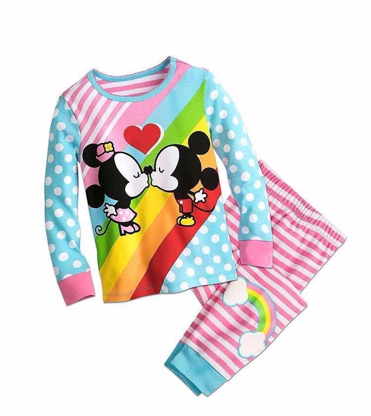 19a45acfd5 Características. Marca Disney Store  Modelo Mickey   Minnie Mouse. Género  Niñas