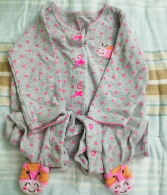 a271bdc0c Pijama Ropa De Bebe Niña Marca Carters - Bs. 1.500