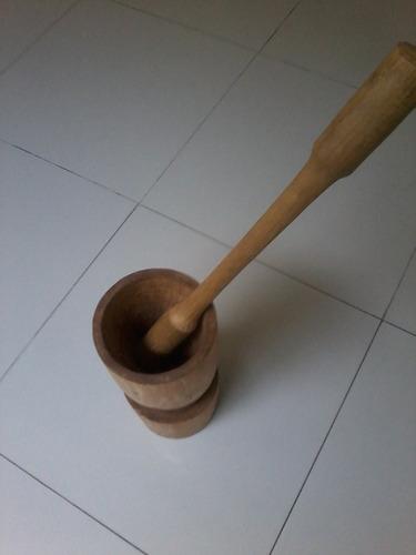 pilão de madeira