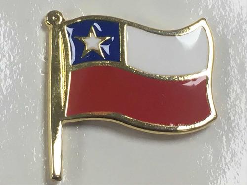 pin bandera chilena grande bañada en oro esmaltada chile