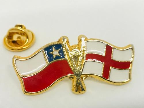 pin bandera inglaterra y chile entrelazadas