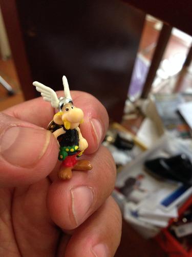 pin de asterix (comic frances)