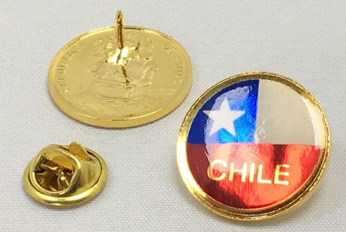 pin escudo chile o bandera chile en moneda de 10 pesos