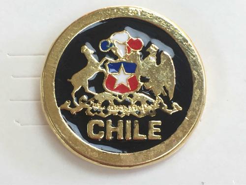 pin escudo de chile bañado en oro pintado a mano 2 centimetr