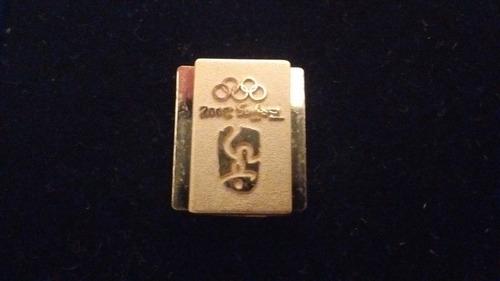 pin oficial olimpíadas de beijing bañado en oro