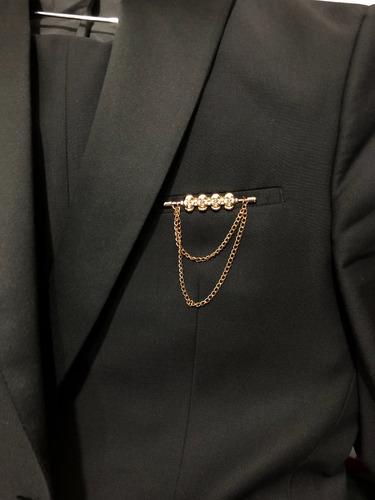 pin para camisa y blazer