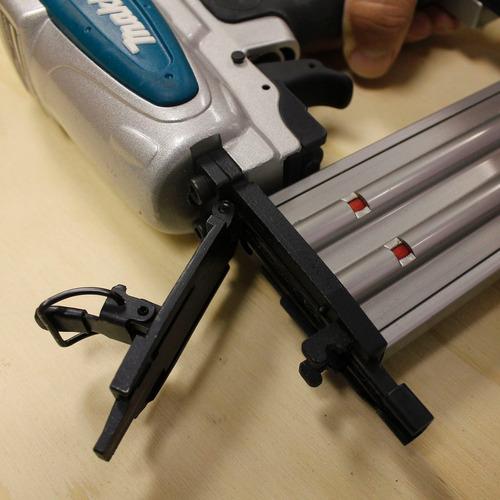 pinador pneumático 15 à 50 mm com maleta - makita