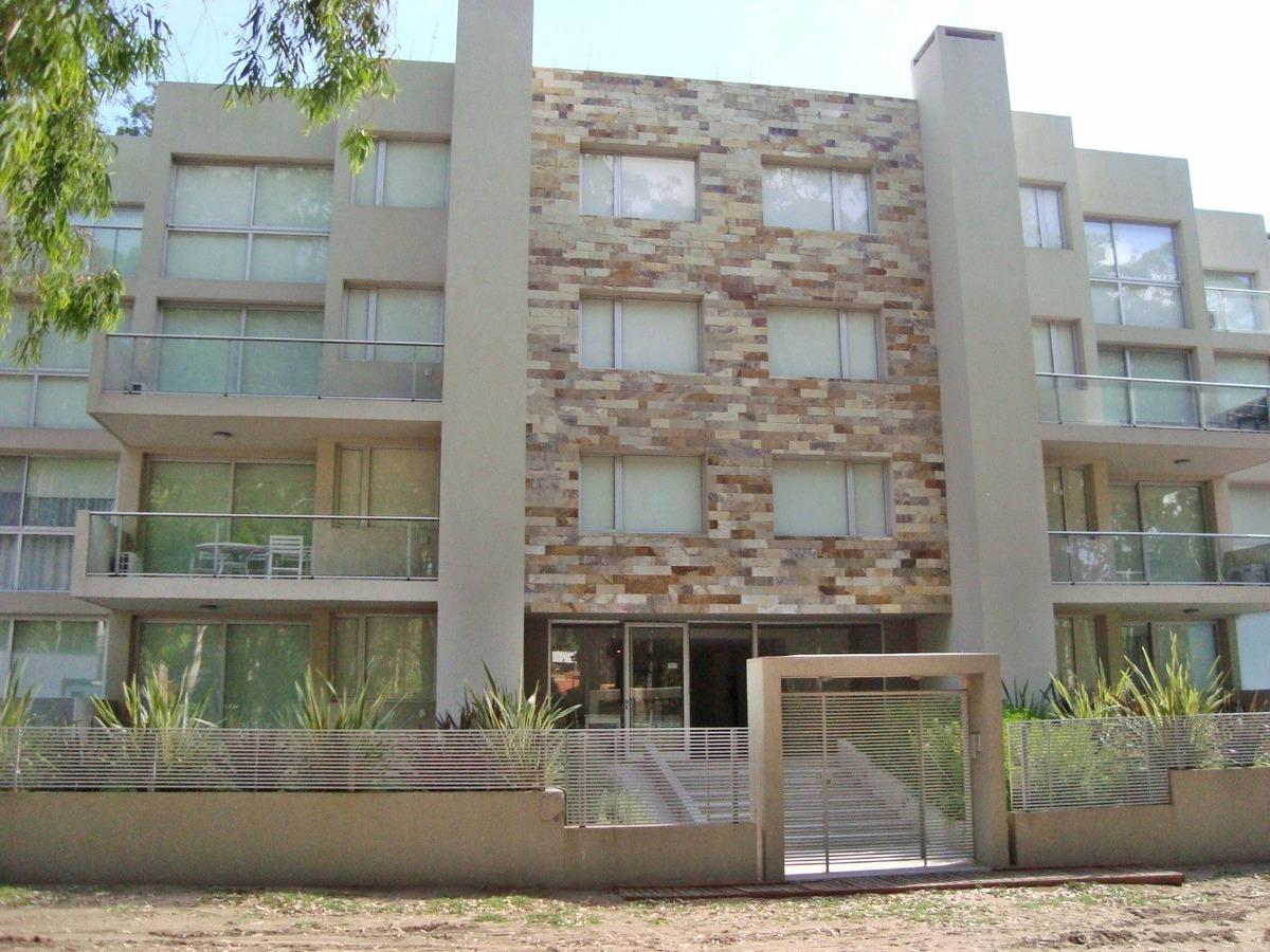 pinamar - departamento 3 ambientes con parque