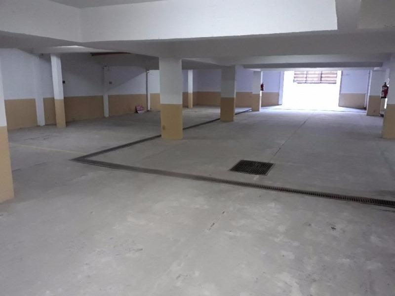 pinamar - dpto con piscina 4 cuadras centro.