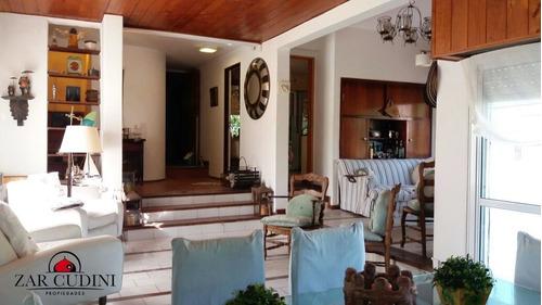 pinamar - zona iglesias - casa 5 ambientes