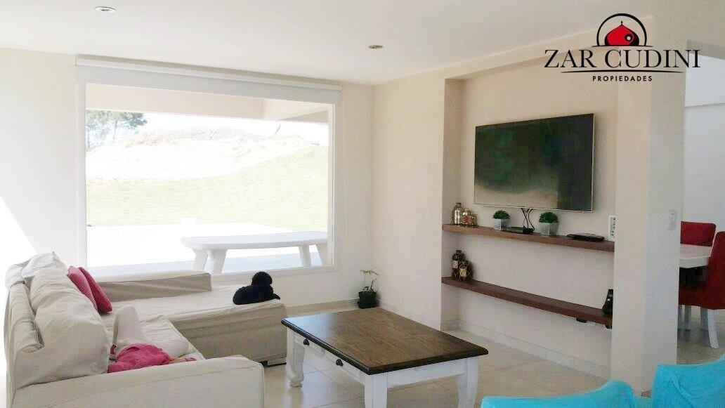 pinamar - zona nayades  - casa 6 ambientes