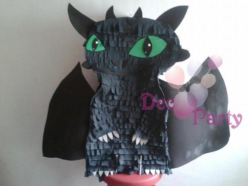 piñata chimuelo. como entrenar a tu dragón