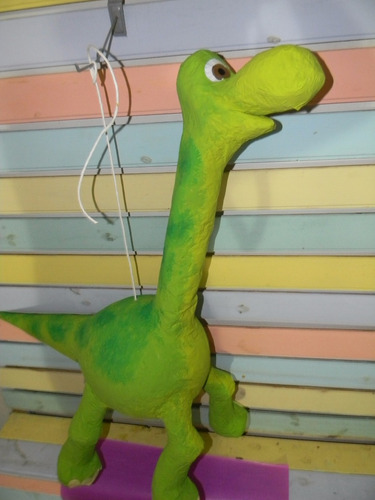 piñata un gran dinosaurio (película de disney)