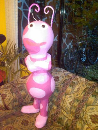 piñatas artesanales de personajes de tv y movies
