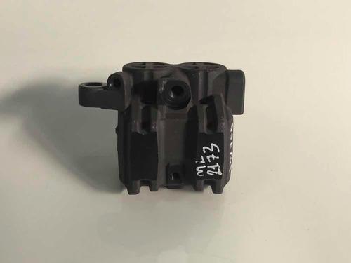 pinça do freio dianteiro cbx 750 nova original cod:2173