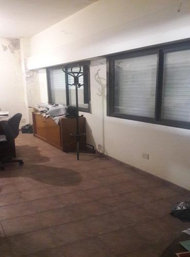 piñeiro - avellaneda. alquiler de galpón de 650 m2 aprox. en  l . con trifasica