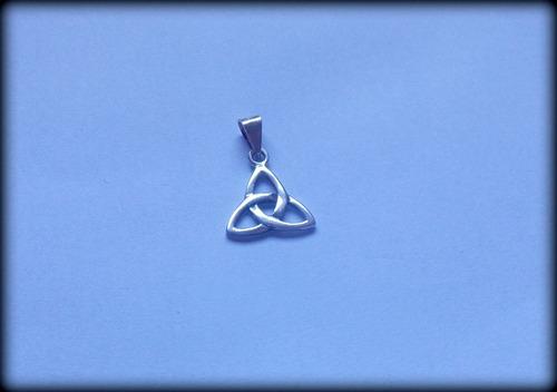 pingente celta triquetra classic - prata 1,5 gr. - opç 01